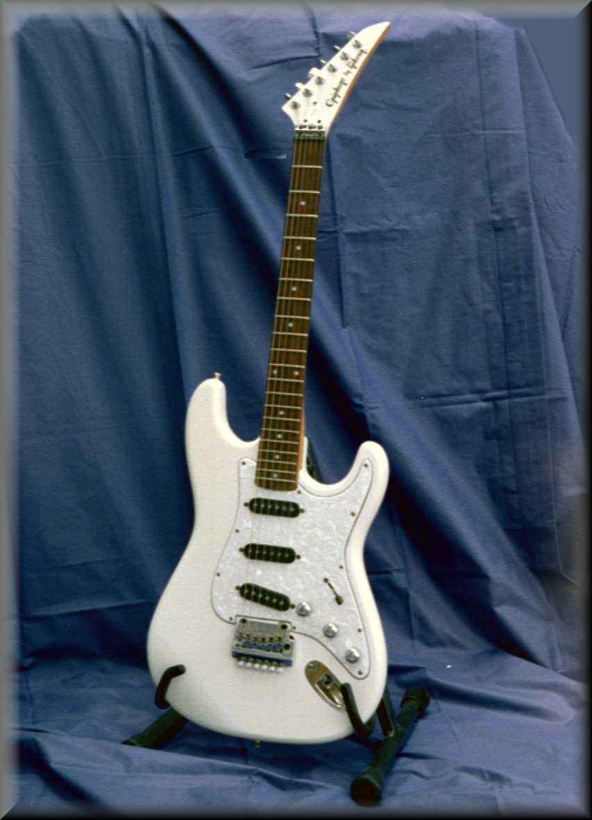 gibson epiphone stratocaster guitar. Black Bedroom Furniture Sets. Home Design Ideas